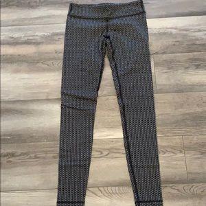Cute pattern ivivva leggings